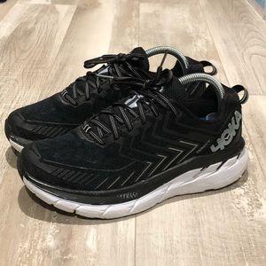 Hoka One One W Clifton 4 wide walking/running shoe